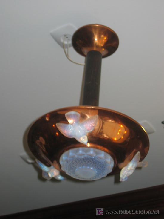 MARAVILLOSA LÁMPARA ART DECÓ COBRE Y CRISTAL IRIDISCENTE (Antigüedades - Iluminación - Lámparas Antiguas)